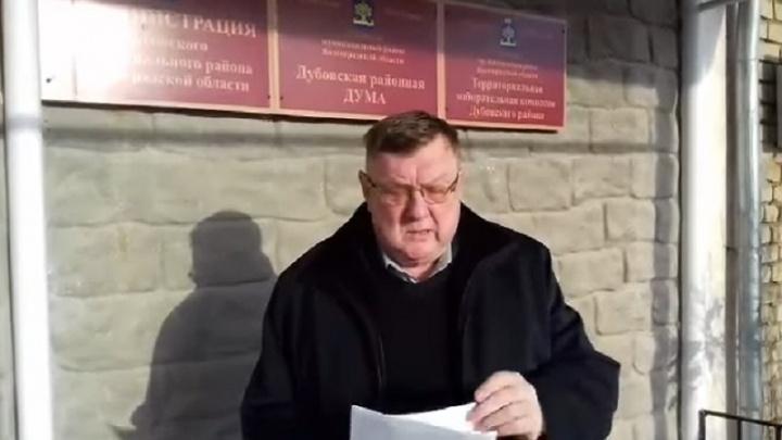 Под Волгоградом требуют референдум по отставке главы района