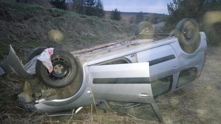 В Устьянском районе пьяный гонщик на «Ладе-Ларгус» улетел в кювет