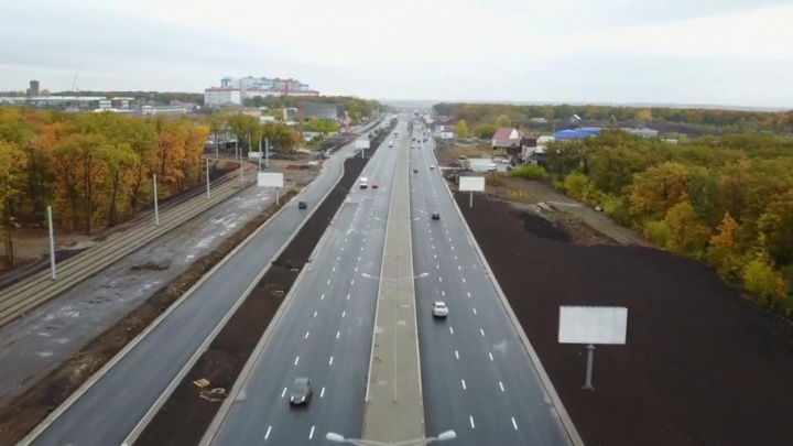 Минтранс: освещение на Московском шоссе до сих пор не сделали из-за повреждения кабеля