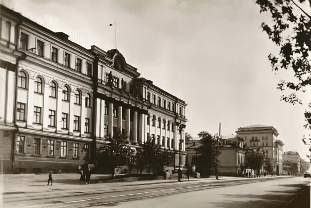 Здание строили немецкие военнопленные