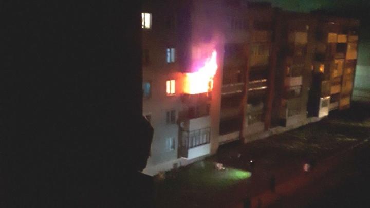Появилось видео пожара в Гаврилов-Яме, где погибли две женщины