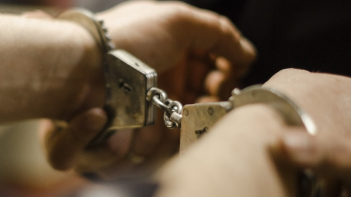 В Поморье сыщики задержали подозреваемого в убийстве двух женщин