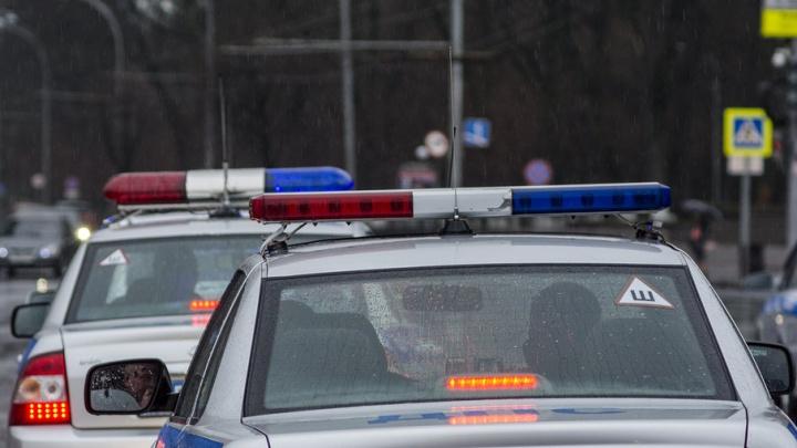 В Ростове на Портовой скутерист пострадал после столкновения с Ford Mondeo