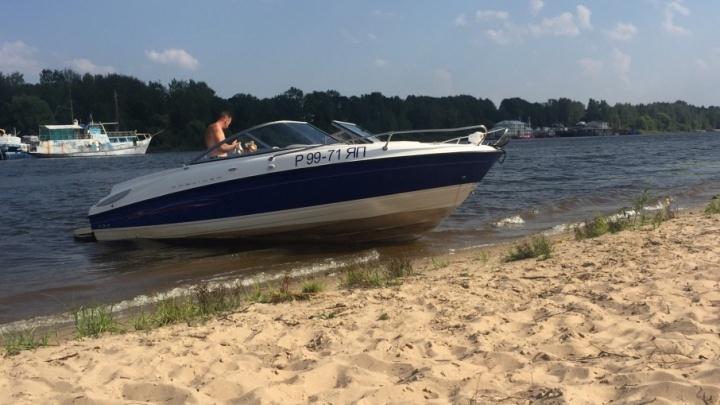 Подробности ЧП на Рыбинском море: тонувших спас рыбак с другой лодки
