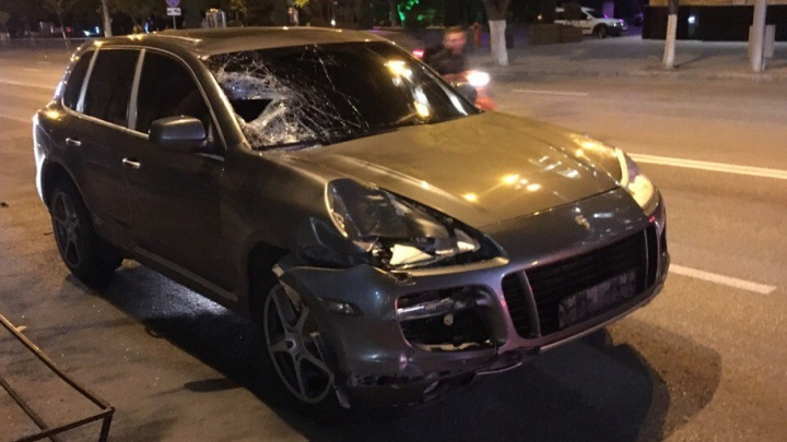 Установлена личность водителя «Порше», сбившего насмерть пешехода на Садовой в Ростове