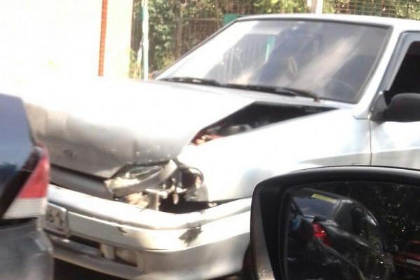 Как минимум одна из машин получила серьёзные повреждения