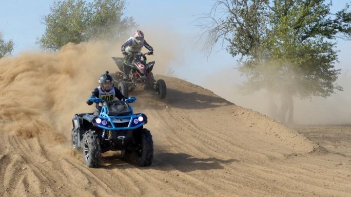 Самые отчаянные гонщики поднимут пыльную бурю и соберут тонну грязи в Волжском