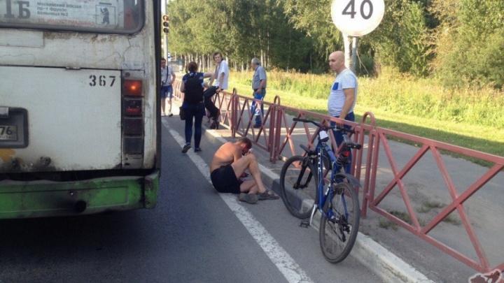 В Ярославле автобус сбил велосипедиста