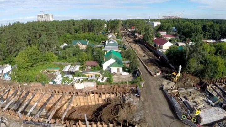 В Самаре на Ташкентской рабочие забетонировали въезд в тоннель для трамваев