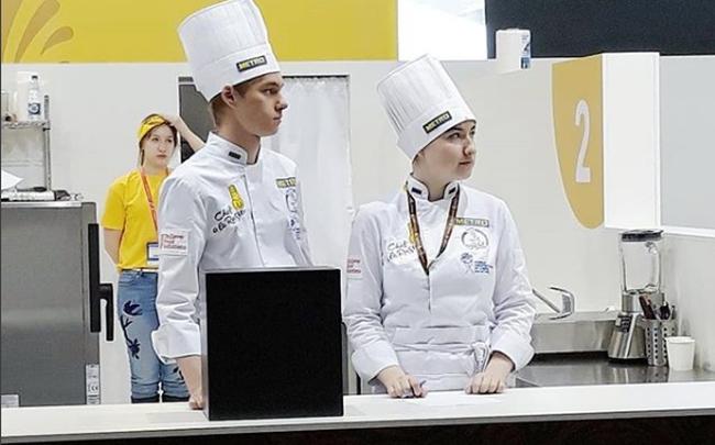 Карамелизованная печень и яблочный чатни. Пермяки победили во всероссийском кулинарном конкурсе