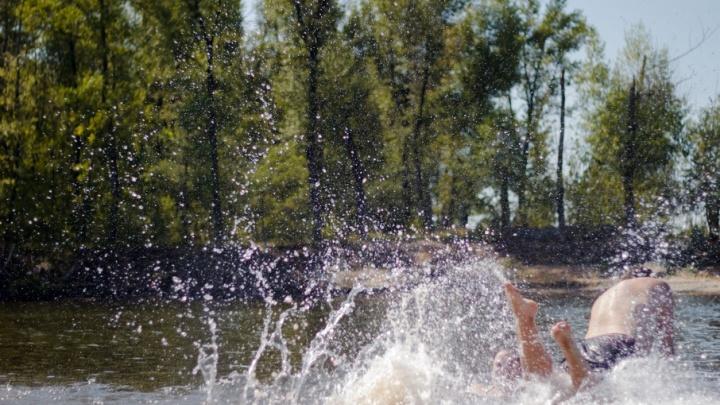 Самарские медики рассказали, почему не стоит нырять в воду головой вниз