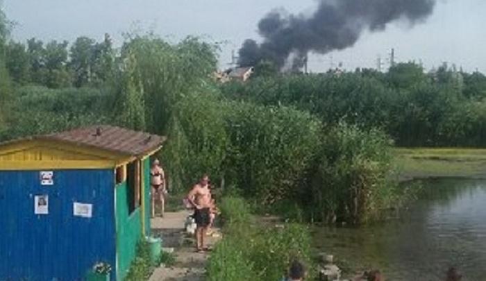 В Ростове на Белокалитвинской загорелся частный дом