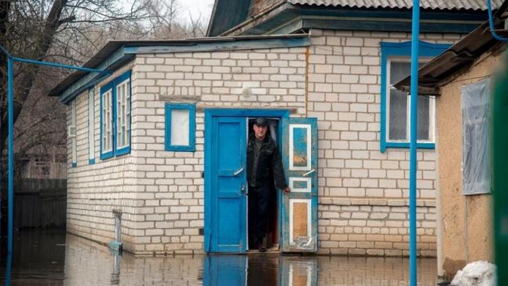 Затопленными в Волгоградской области по-прежнему остаются два района