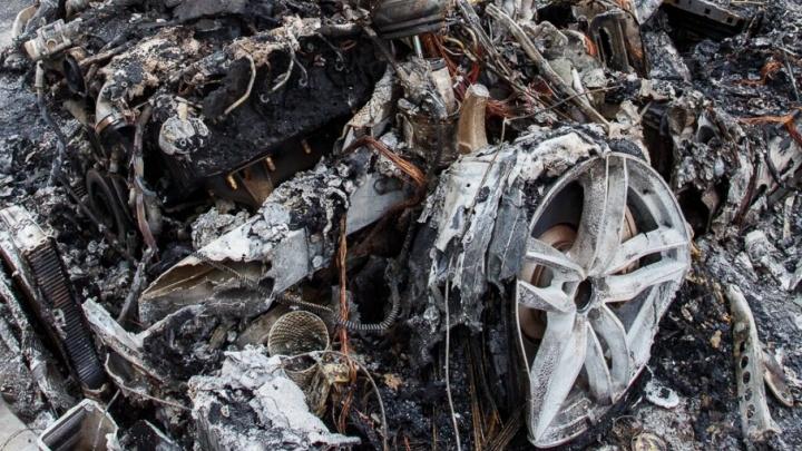 В Волгограде в горящем КАМАЗе едва не погиб 59-летний мужчина