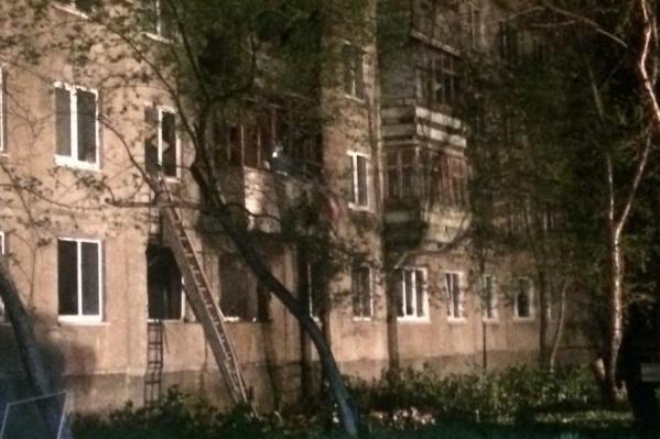 Взрыв, где пострадали четыре человека, произошел в доме на улице Свиязева