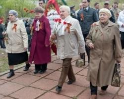 «Лукойл-Пермь» поздравляет ветеранов