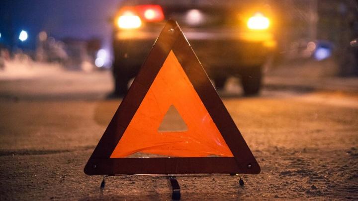 Два автомобиля Hyundai не поделили пустую трассу: в ДТП пострадали 6 человек