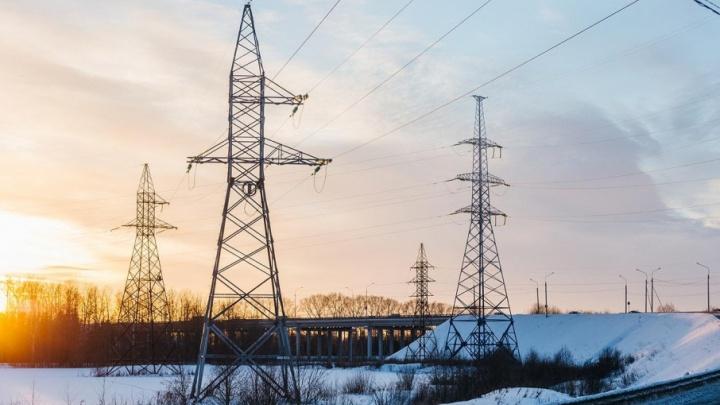В Архангельске энергетики боролись с последствиями мороза и ветра