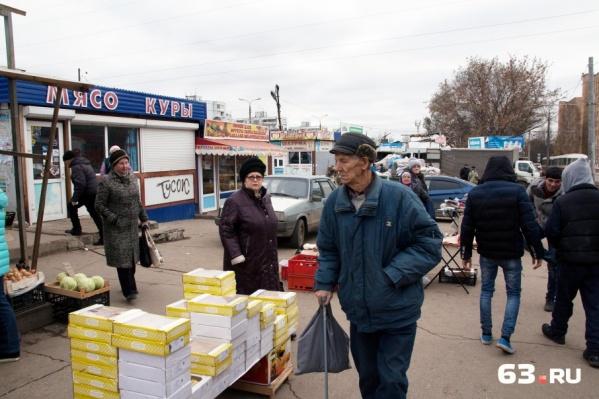 Рынок выглядит как гетто, но пользуется спросом у местных жителей