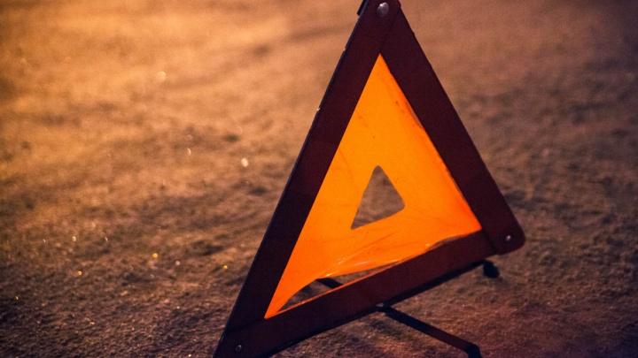 В массовом ДТП на трассе Боровский–Богандинский пострадали два человека