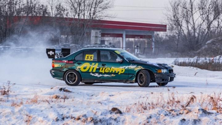 Без прав, но лучше всех: на чемпионате по дрифту в Челябинске победил 17-летний водитель