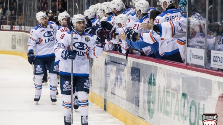 Хоккеисты «Лады» отравились после поражения в Челябинске