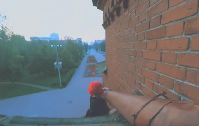«Немного страшно»: подростки залезли на колокольню церкви в центре Челябинска