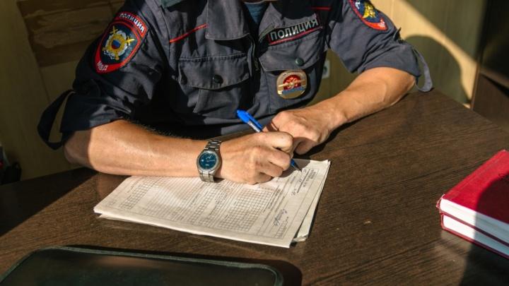 Освободил мошенника от наказания: в Самаре полицейского поймали на взятке в 500 тысяч рублей