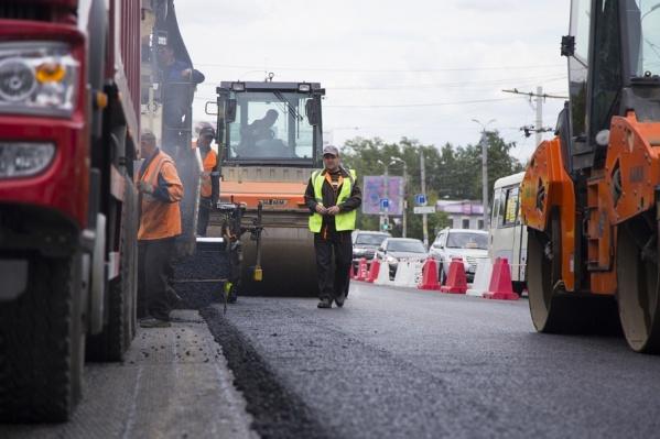 Дорожный ремонт идёт на Копейском шоссе и улице Гагарина