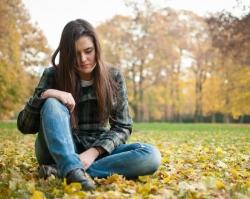 В «АВА КЛИНИК» помогут справиться с осенней депрессией