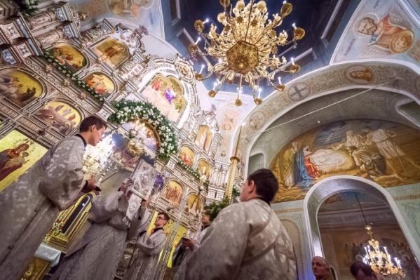 Главное Рождественское богослужение прошло в Свято-Симеоновском кафедральном соборе Челябинска