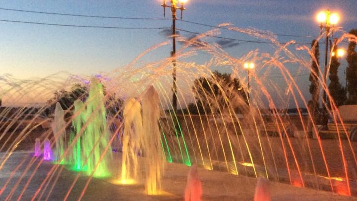 В Красноармейском районе Волгограда открылся новый фонтан
