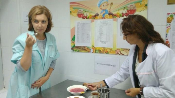 Взрослые заглянули в тарелки детей: как кормят малышей в ярославских садиках