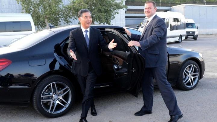 Вице-премьера Госсовета Китая в Волгограде встретили по-казачьи