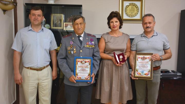 Нину Чупрынникову наградили почетным знаком