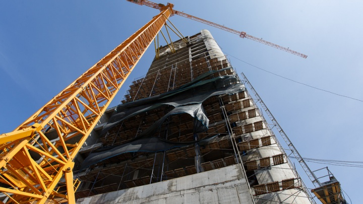 В Волгограде застройщика гостиницы на Предмостной обязали заплатить два миллиона