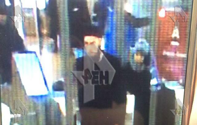 Предполагаемый организатор взрыва в петербургском метро попал на видео