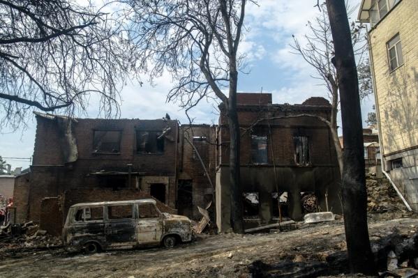 Судьба уничтоженной пожаром целой части города до сих пор не решена