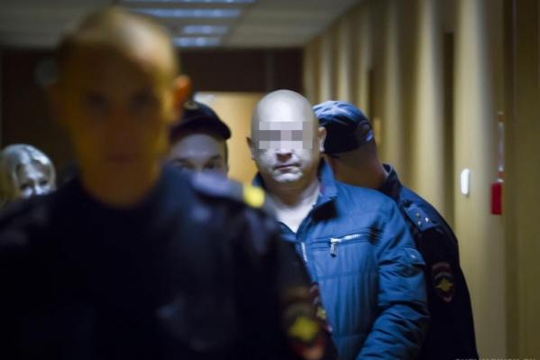 Бывшая супруга требовала с Валерия Лестева в суде около 1 млн рублей за страдания