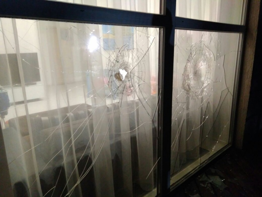 Дом застройщика обстреляли этой ночью.
