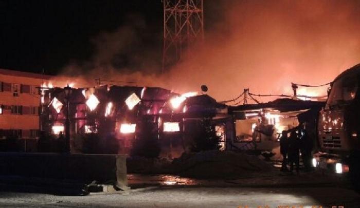 Ночью в Голышманово из-за короткого замыкания сгорел торговый центр