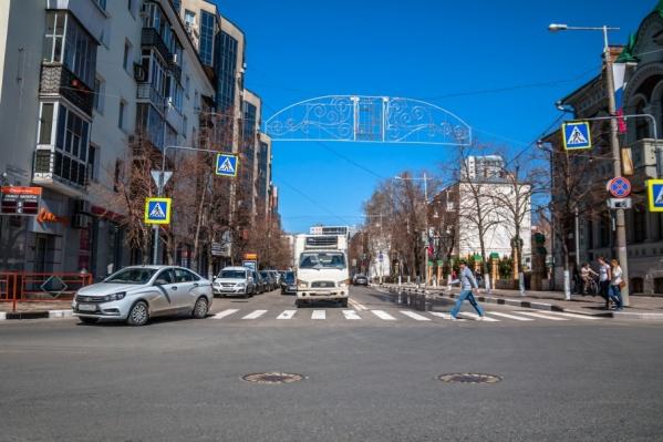 В центре перекроют дороги, прилегающие к площади Куйбышева