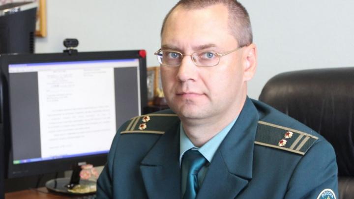 Начальник таможенного поста в аэропорту Самары «улетел» на Урал