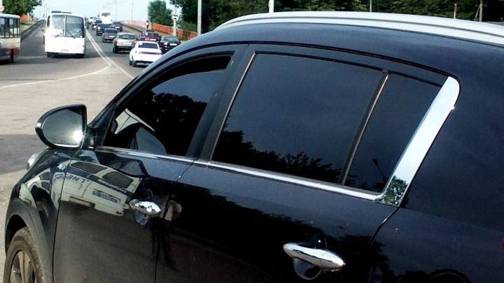 В Ярославле два приятеля сняли аккумуляторы с 15 машин: как поймали воров