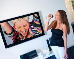 Посетить концерты звезд можно, не отходя от экрана телевизора