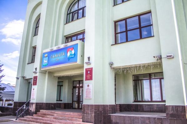 Руководители профильных ведомств зарабатывают свыше 1 млн рублей в год