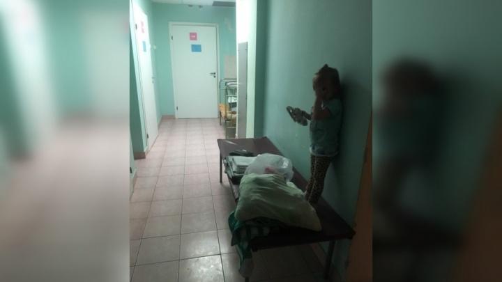 «Детей размещают в больничных коридорах». Минздрав выяснит, почему пермякам не хватает мест в палатах