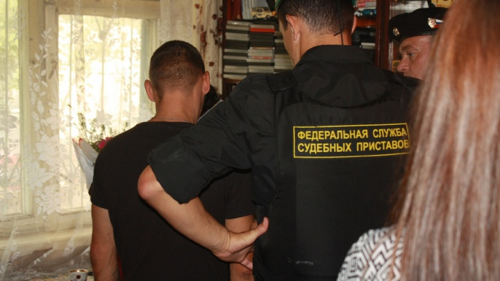 В Ярославле должник избил судебного пристава