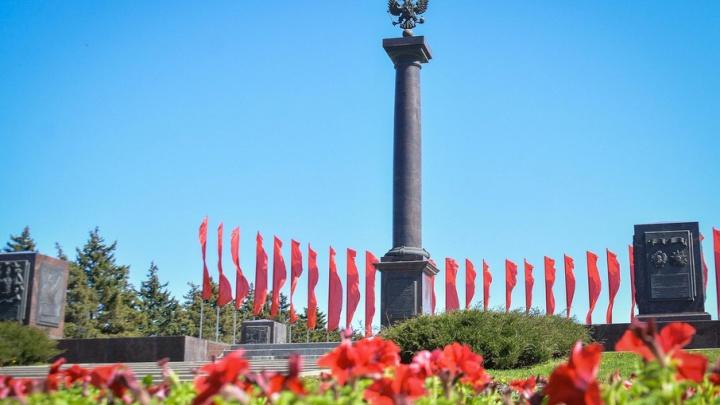 Власти Ростова отчитались о благоустройстве памятников в преддверии Дня Победы