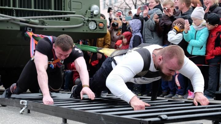 Семь развлечений выходных в Перми: смотрим гонки внедорожников и выбираем сильнейшего атлета России